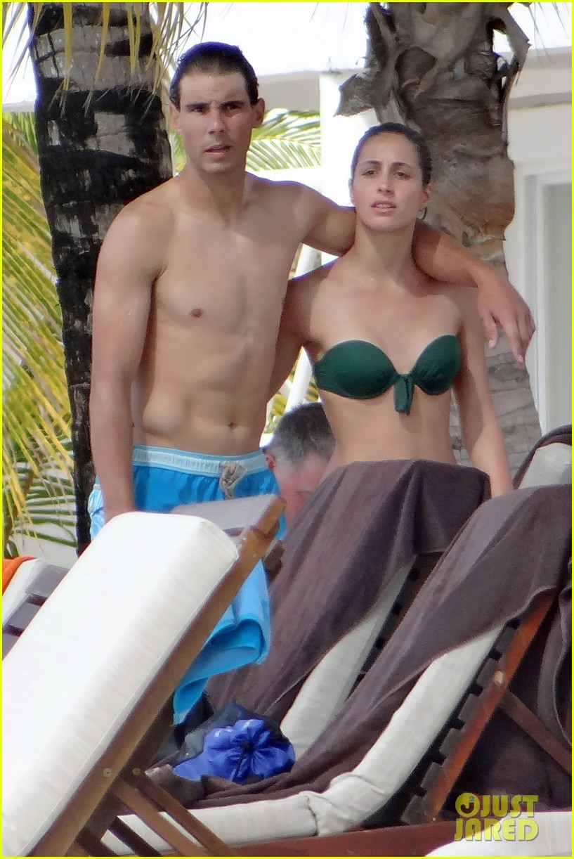 rafael nadal shirtless beach vacation with maria perrello 012826109