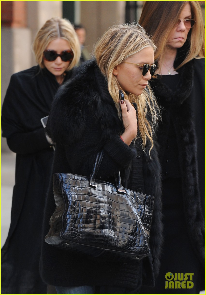 mary kate ashley olsen cfda awards nominations 2013 042830385
