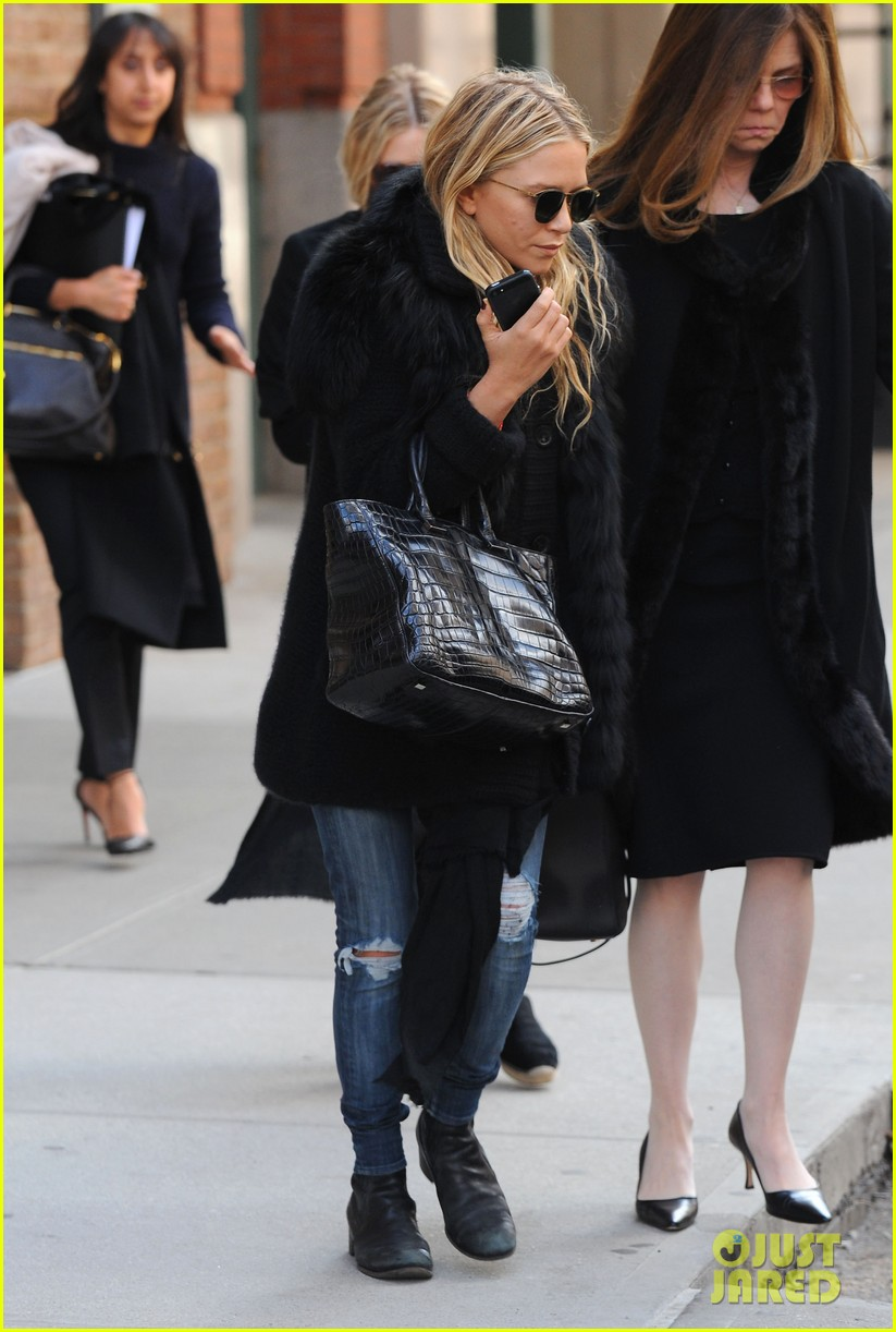 mary kate ashley olsen cfda awards nominations 2013 07