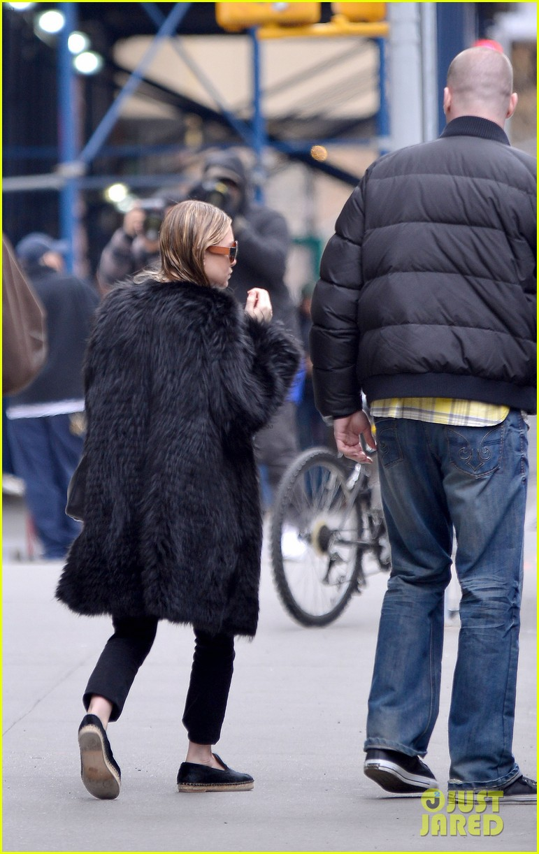 ashley olsen wet hair in the big apple 03