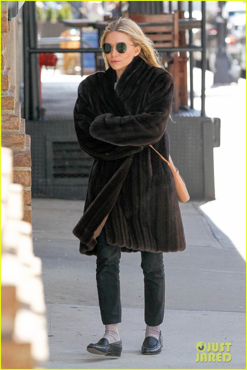 ashley olsen windy nyc errands 012837007
