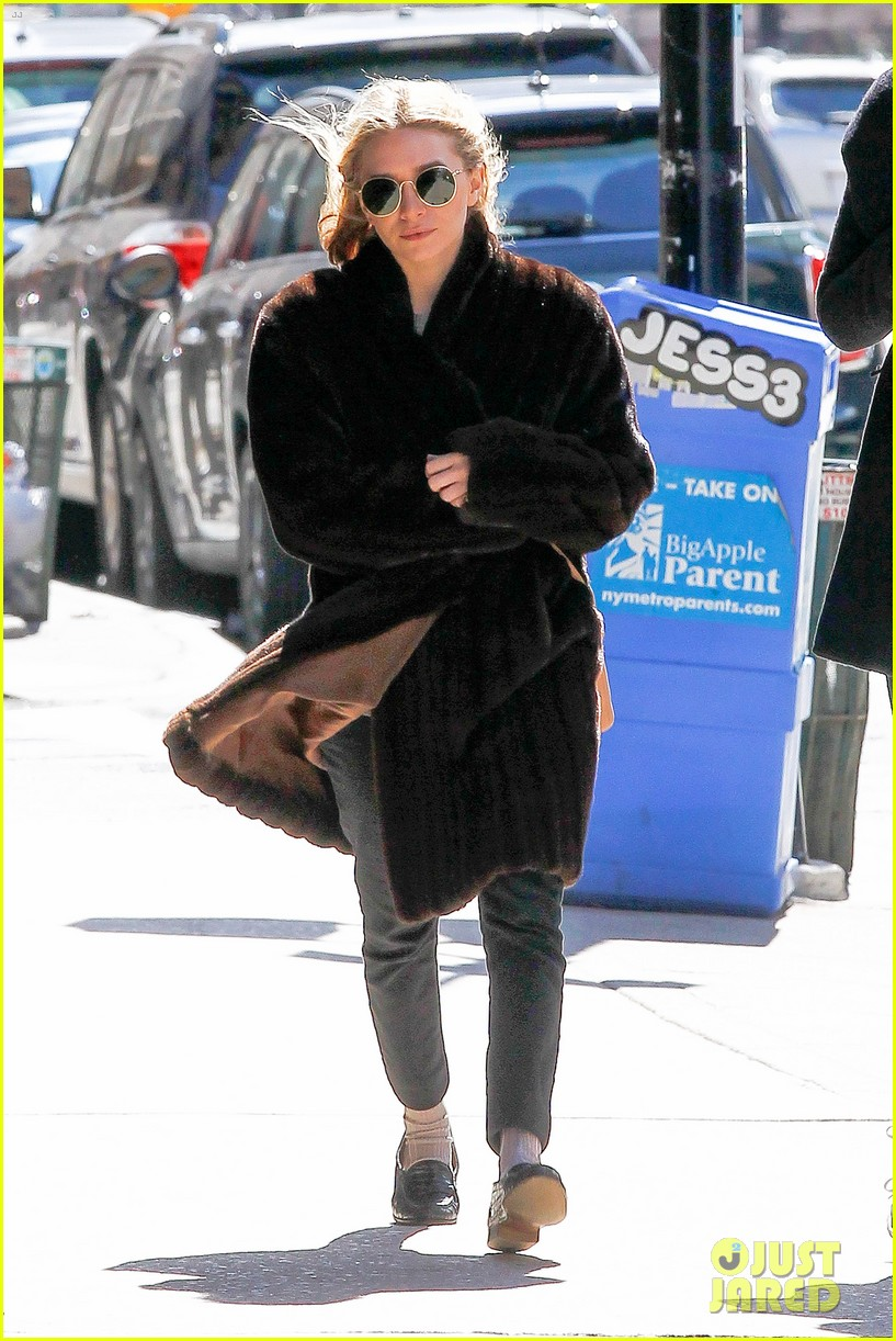 ashley olsen windy nyc errands 082837014
