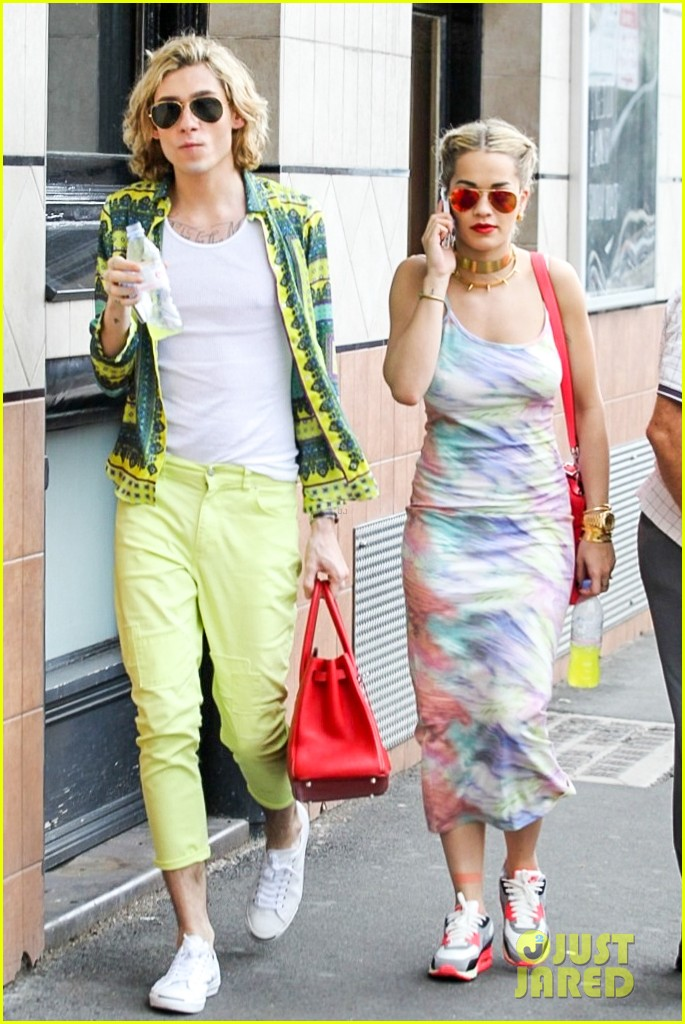 rita ora shopping in sydney 182822969