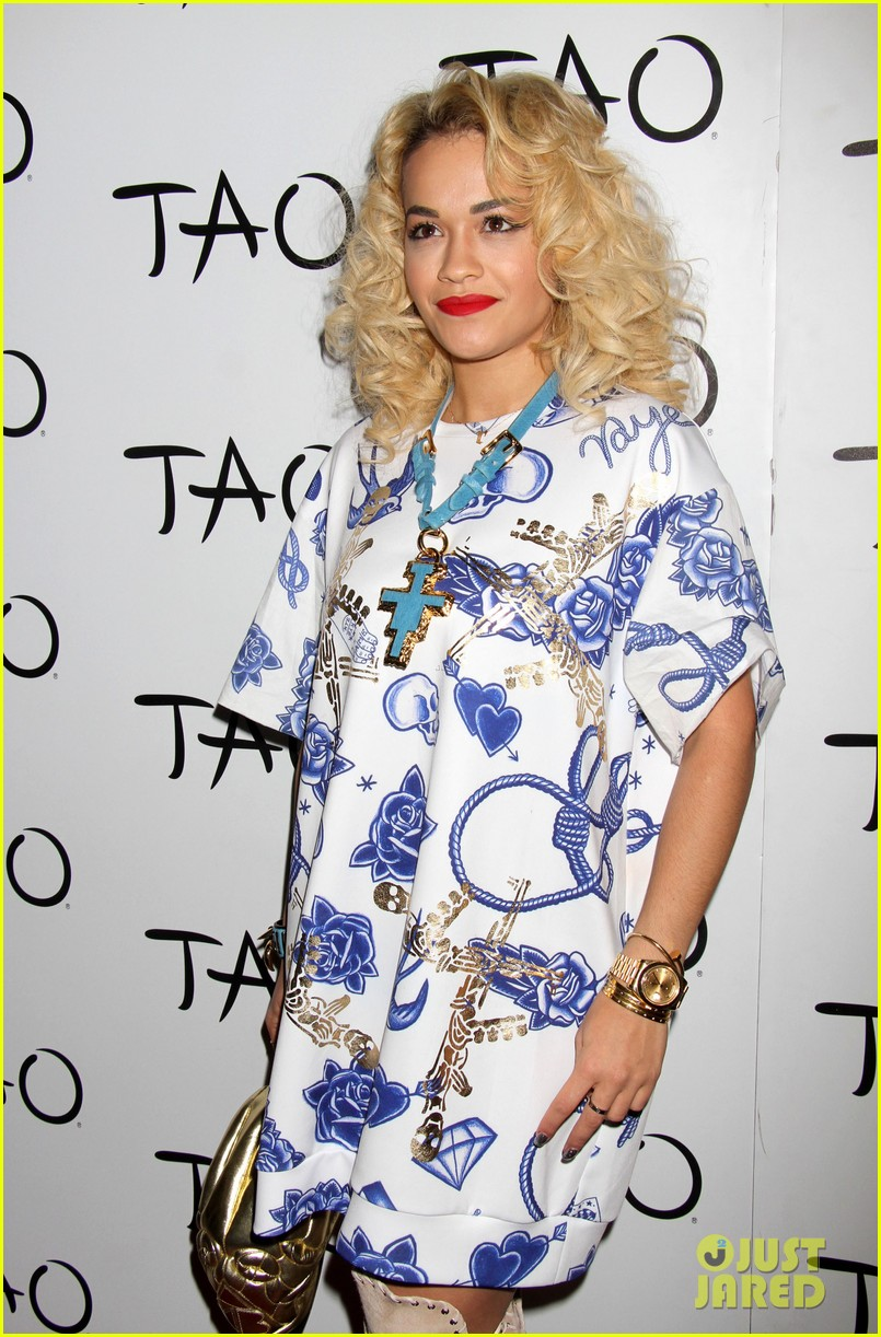 rita ora tao nightclub host 092840898