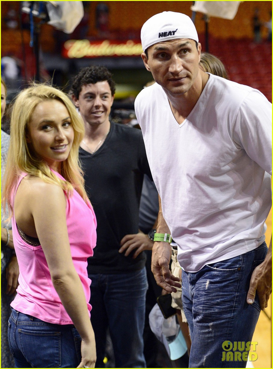 hayden panettiere miami heat game with wladimir klitschko 092837533