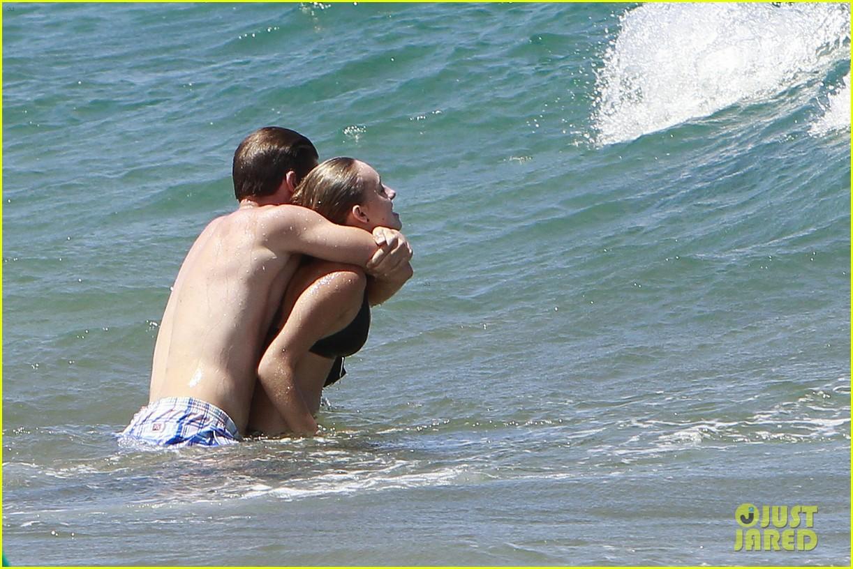 shirtless patrick schwarzenegger kissing taylor burns 042839368
