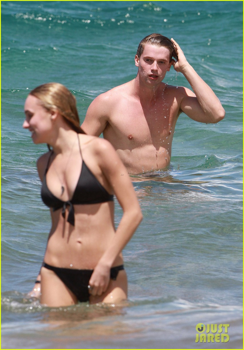 shirtless patrick schwarzenegger kissing taylor burns 262839390