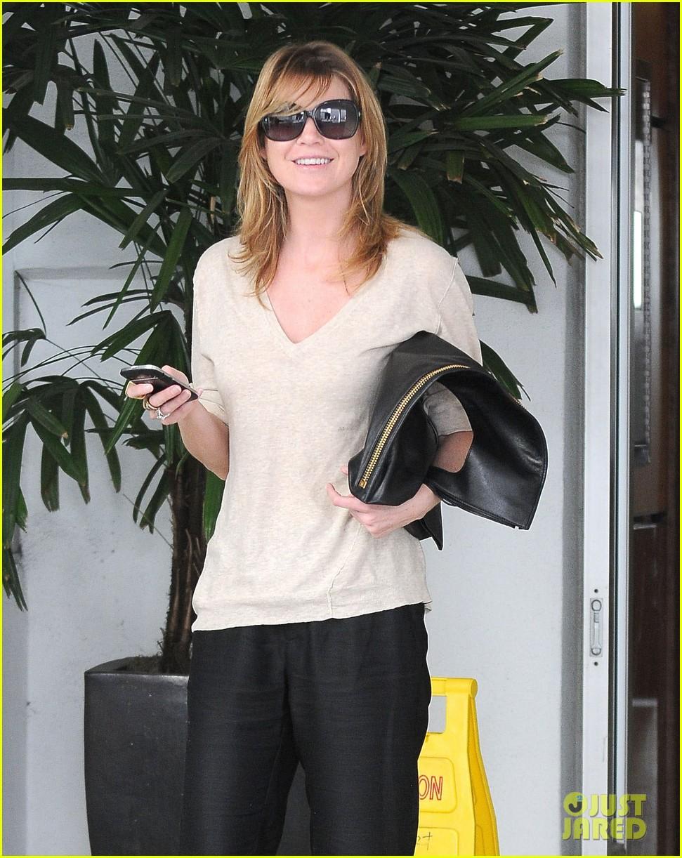Ellen Pompeo New Greys Anatomy Tonight Photo 2839170 Ellen
