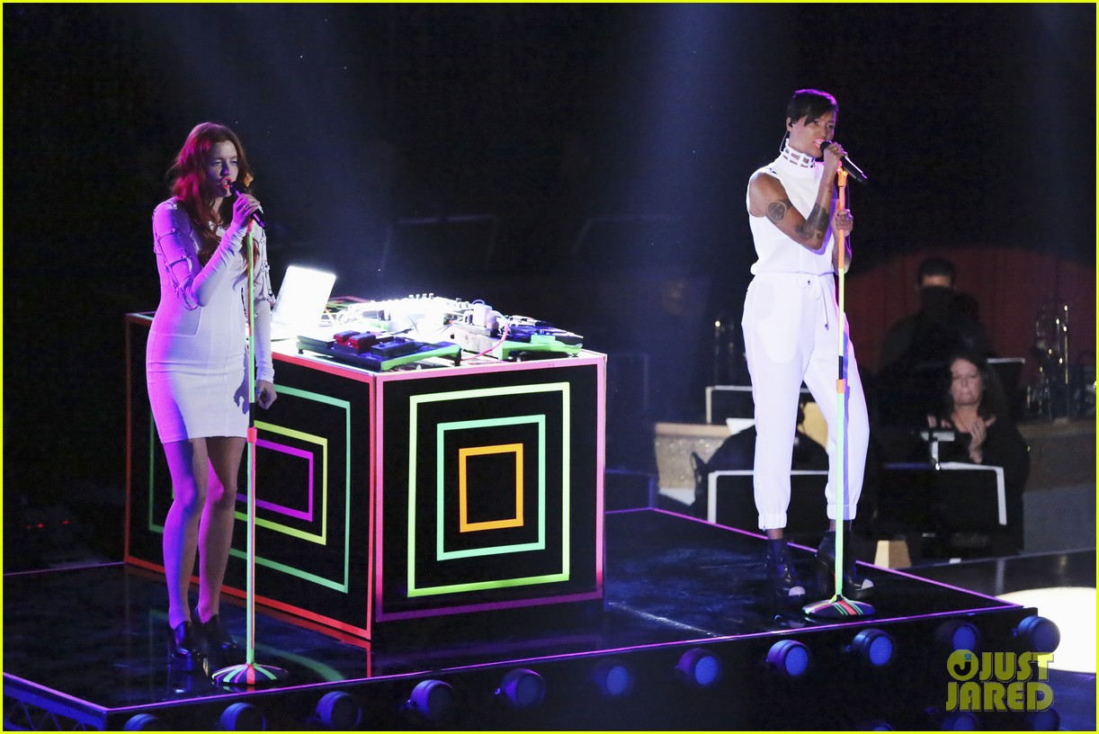icona pop dancing with the stars performance 012838630