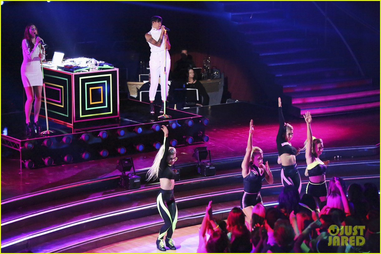 icona pop dancing with the stars performance 032838632