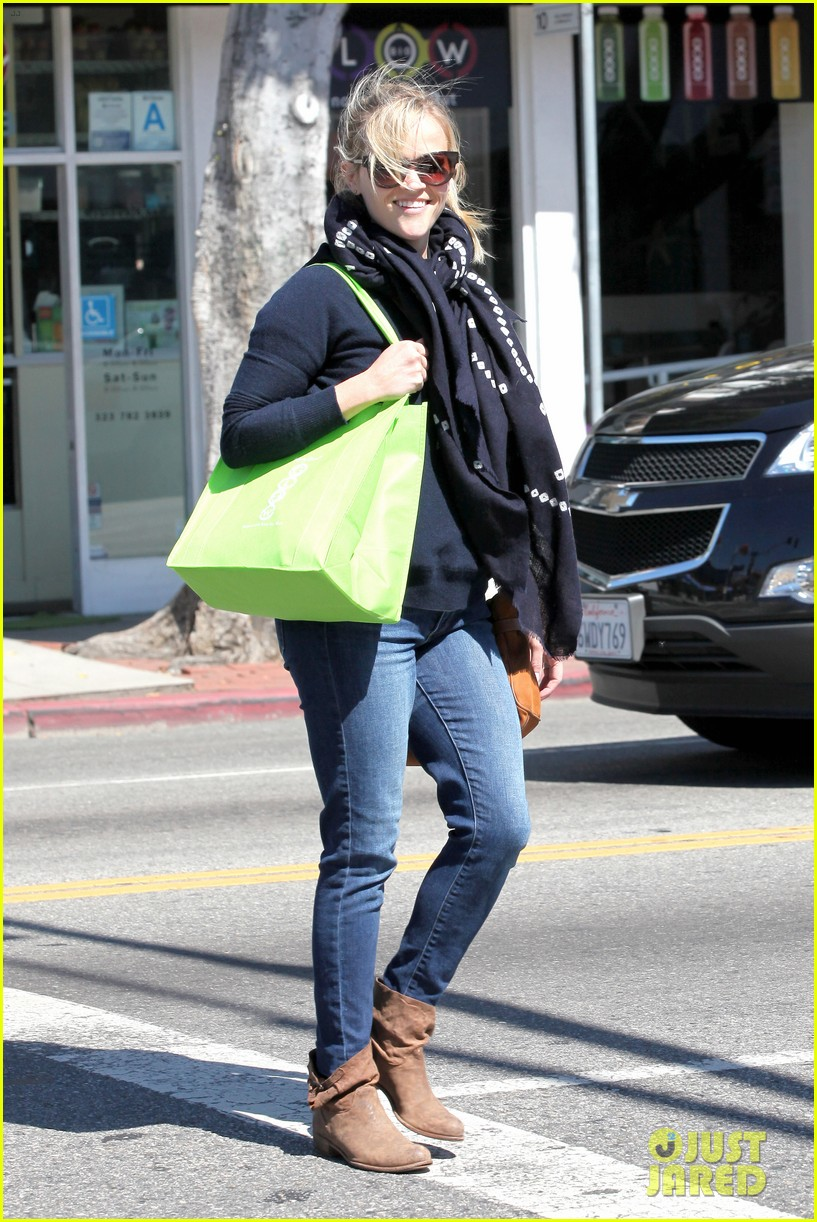 reese witherspoon sunday shopping spree 23