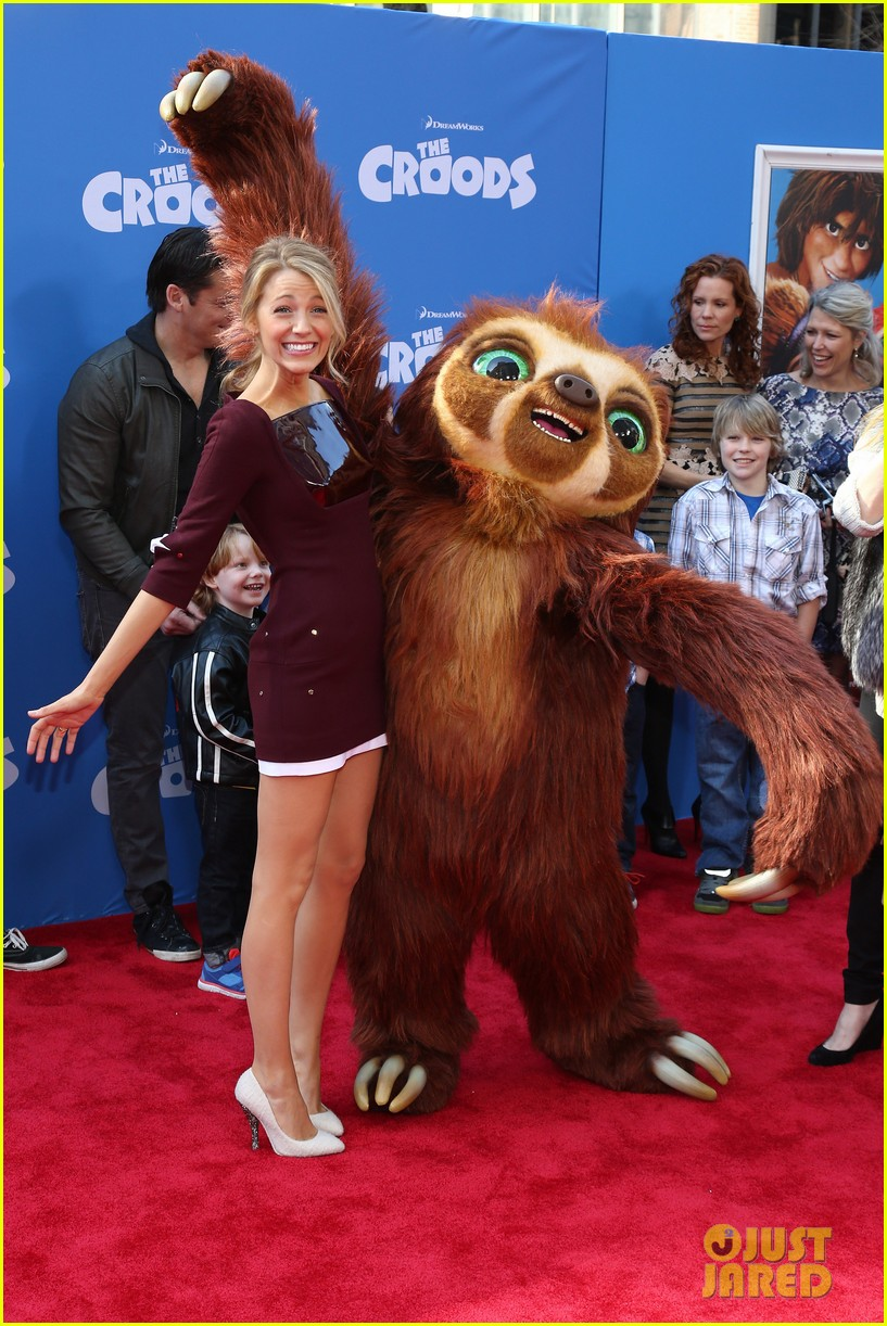 blake lively ryan reynolds croods new york premiere 19
