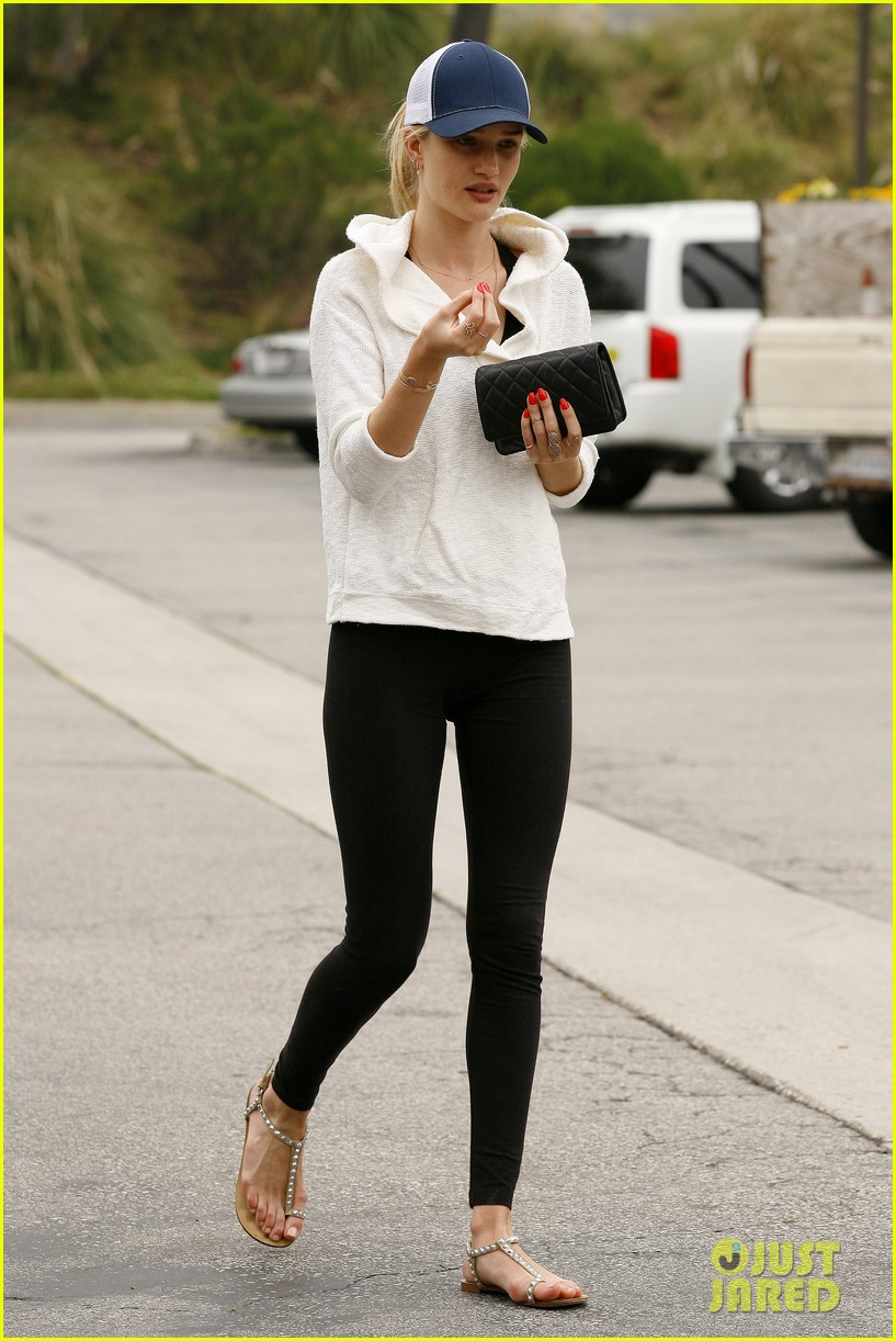 rosie huntington whiteley healthy juice run 13