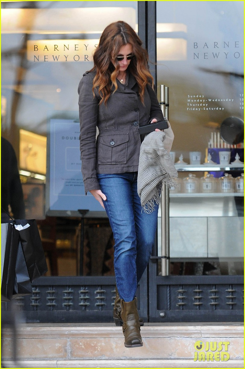 julia roberts barneys new york shopper 052827297