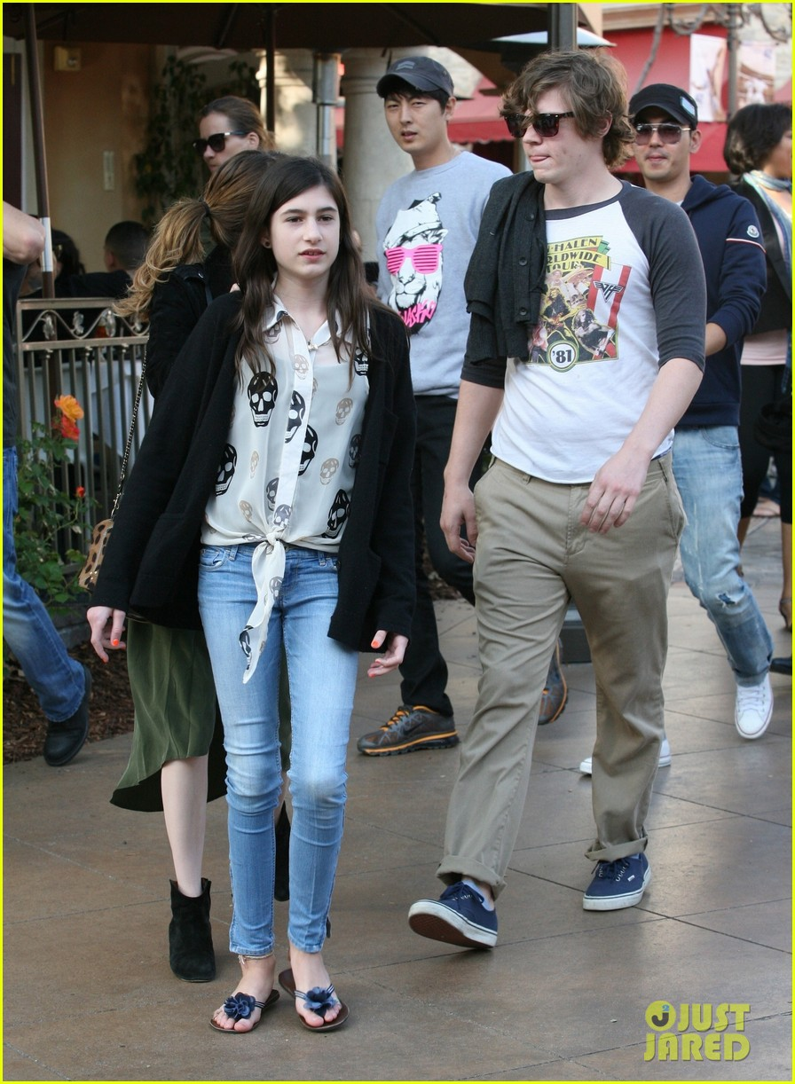emma roberts evan peters the grove outing 052837519