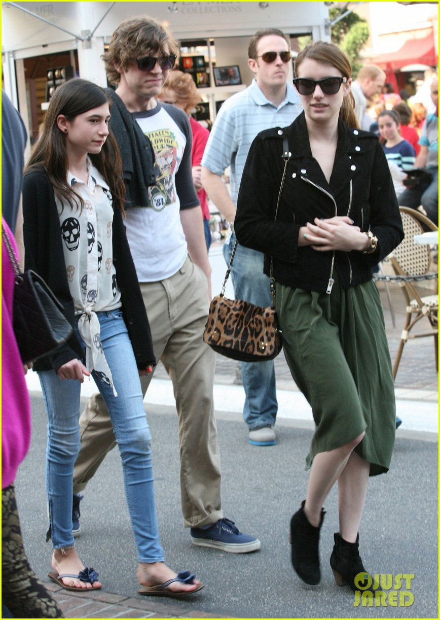 emma roberts evan peters the grove outing 102837524