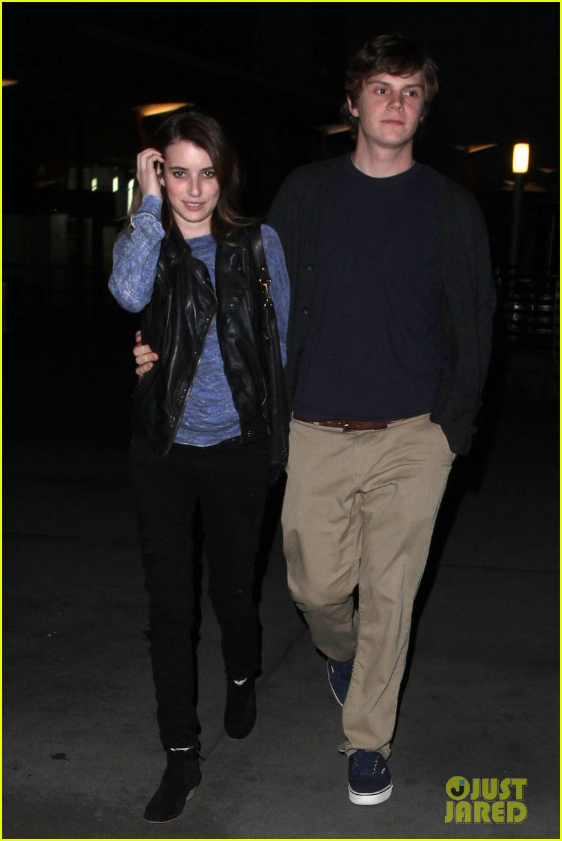 emma roberts evan peters movie date night 08
