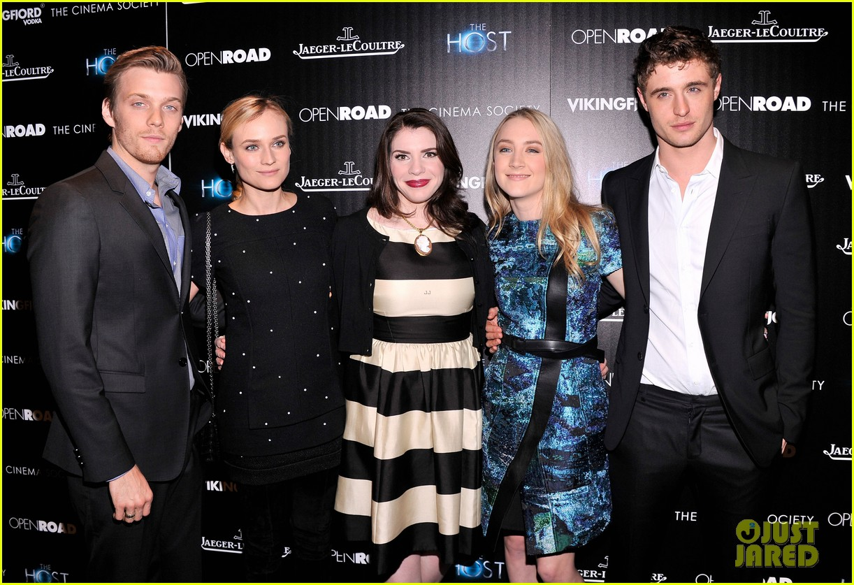 saoirse ronan max irons the host screening in nyc 112838909
