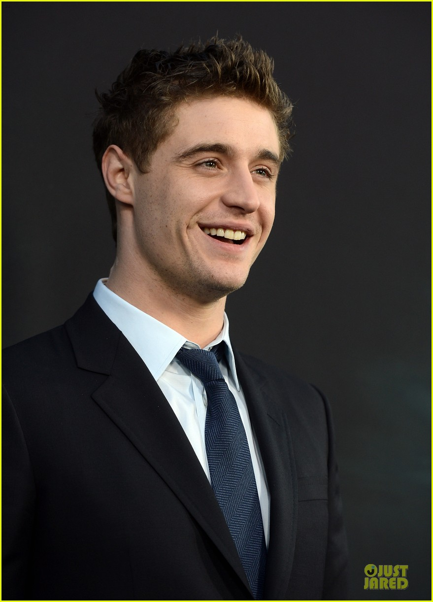 saoirse ronan max irons the host hollywood premiere 082834105