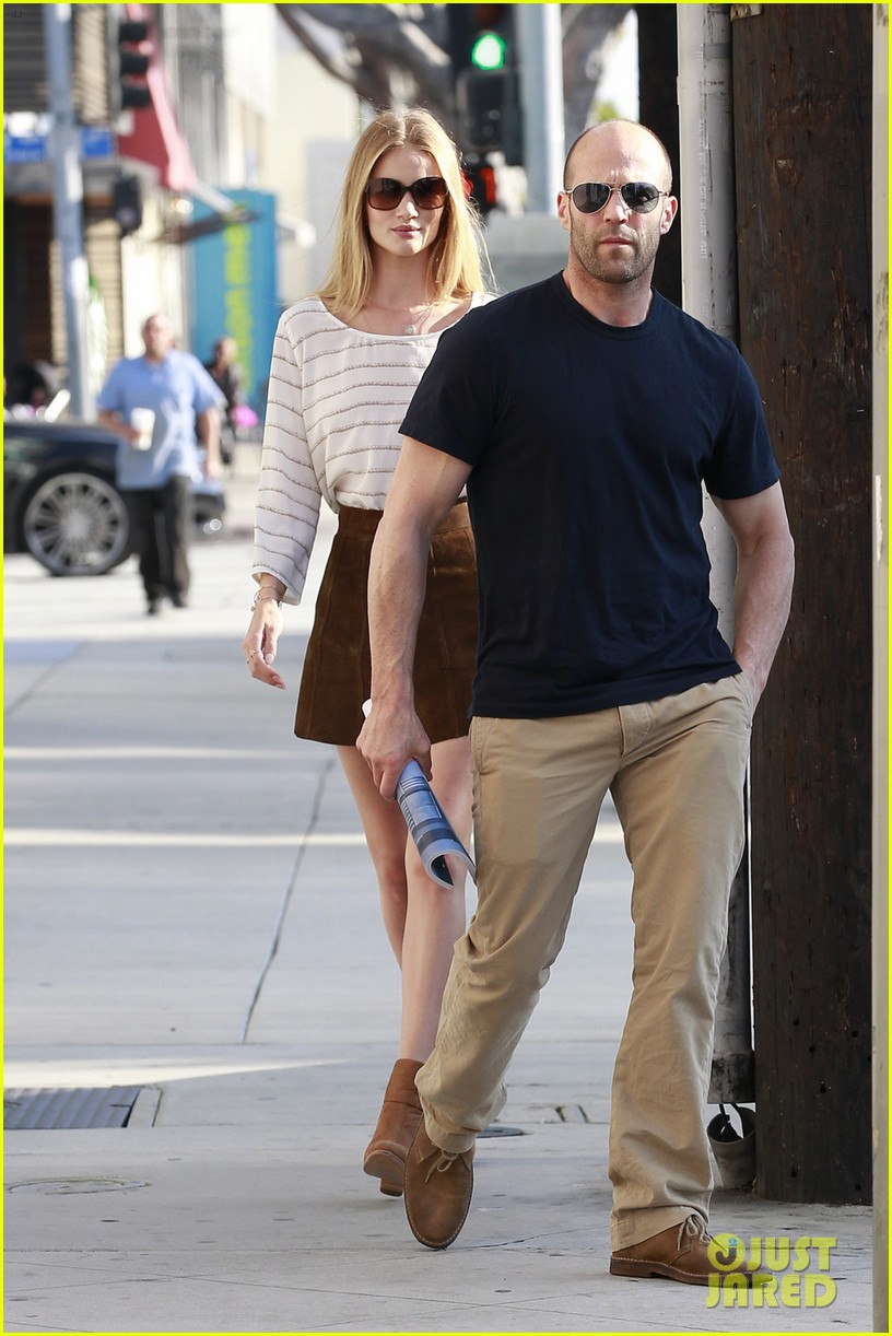 how did jason statham and rosie huntington whiteley meet the browns