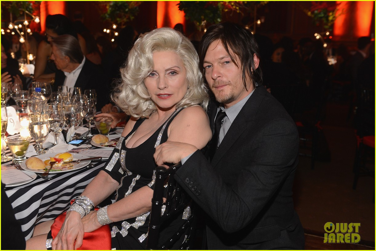 susan sarandon norman reedus 2013 blossom ball 04