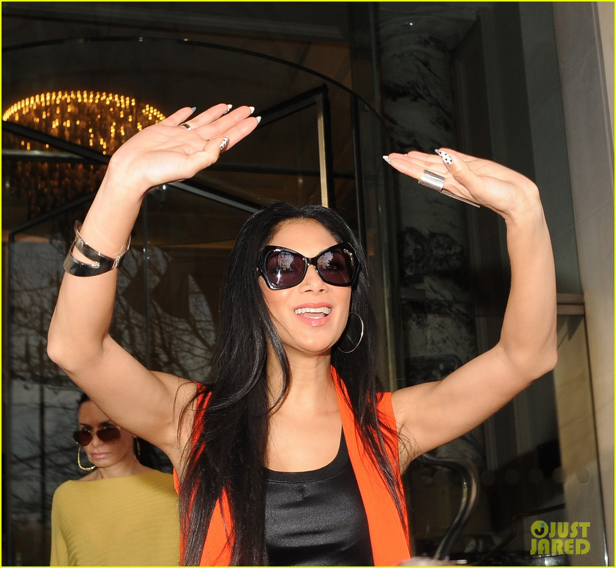 nicole scherzinger lovely in london 04