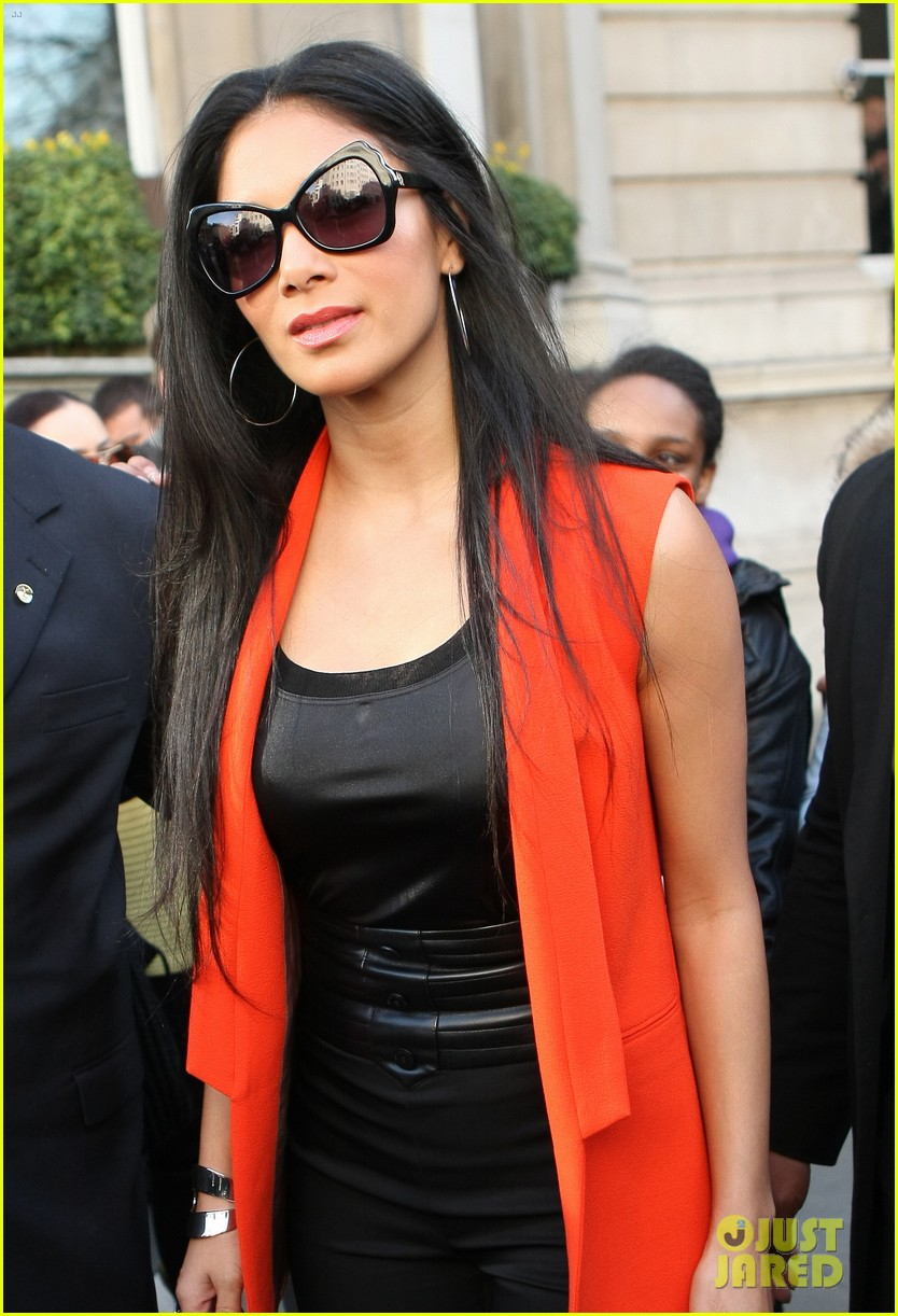 nicole scherzinger lovely in london 12