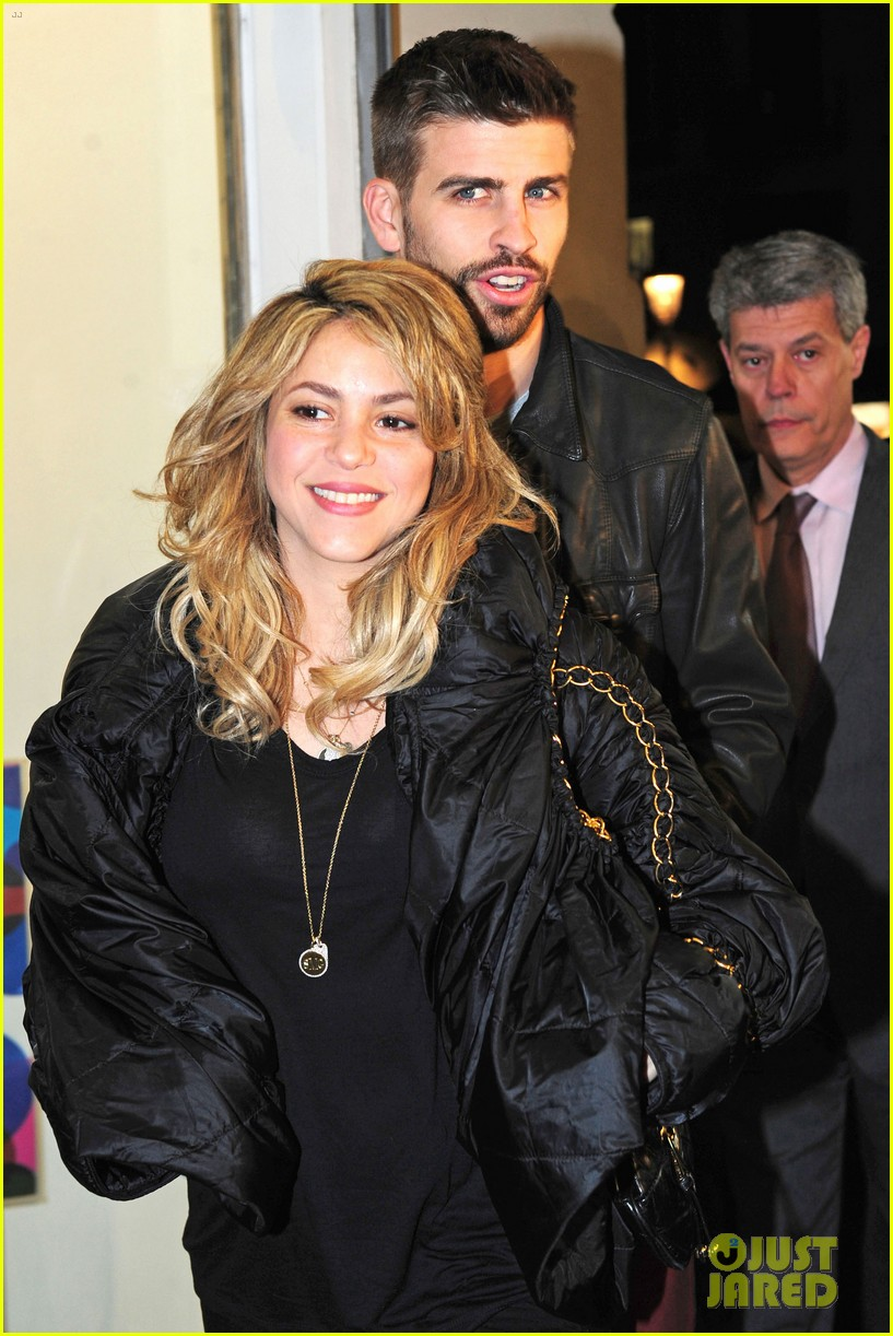 shakira gerard pique fantasme book launch 202830992