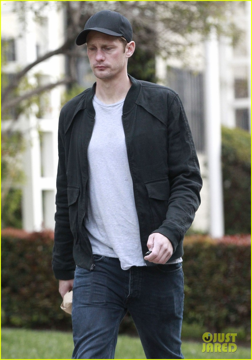 alexander skarsgard bruised eye in los angeles 18