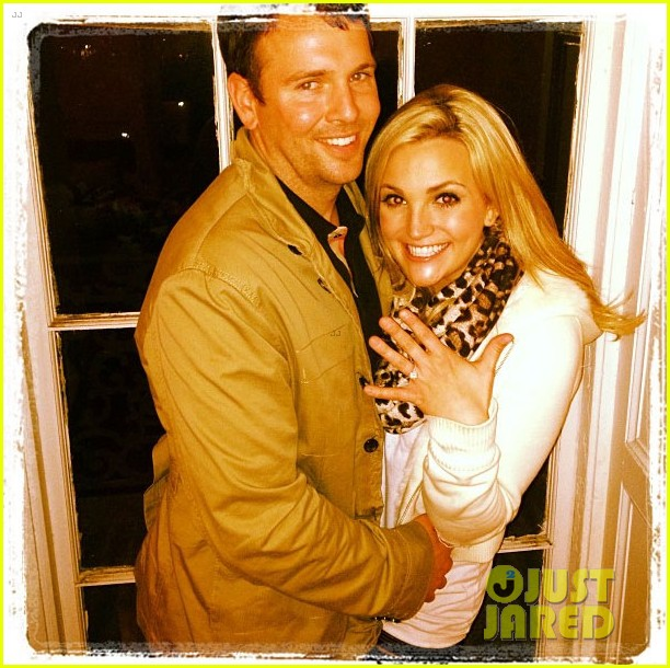 jamie lynn spears engaged to jamie watson 012823917