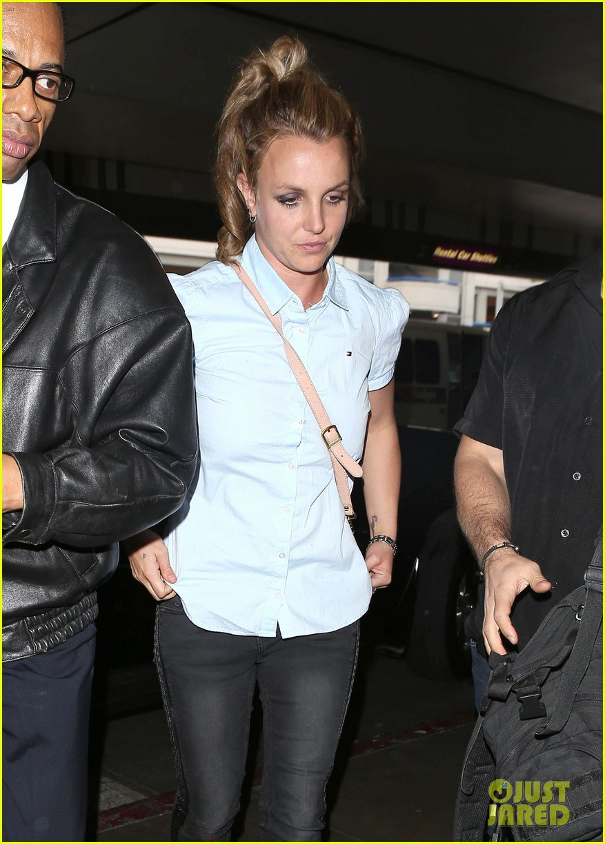 britney spears jets to new orleans with the boys 142839604