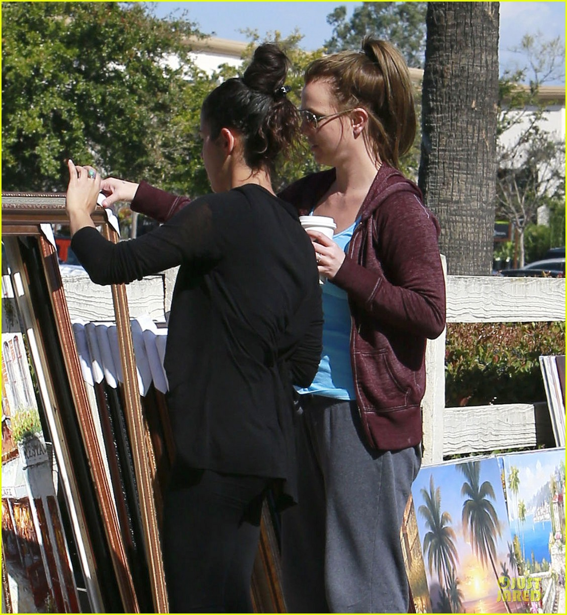 britney spears painting shopping gal 142827960