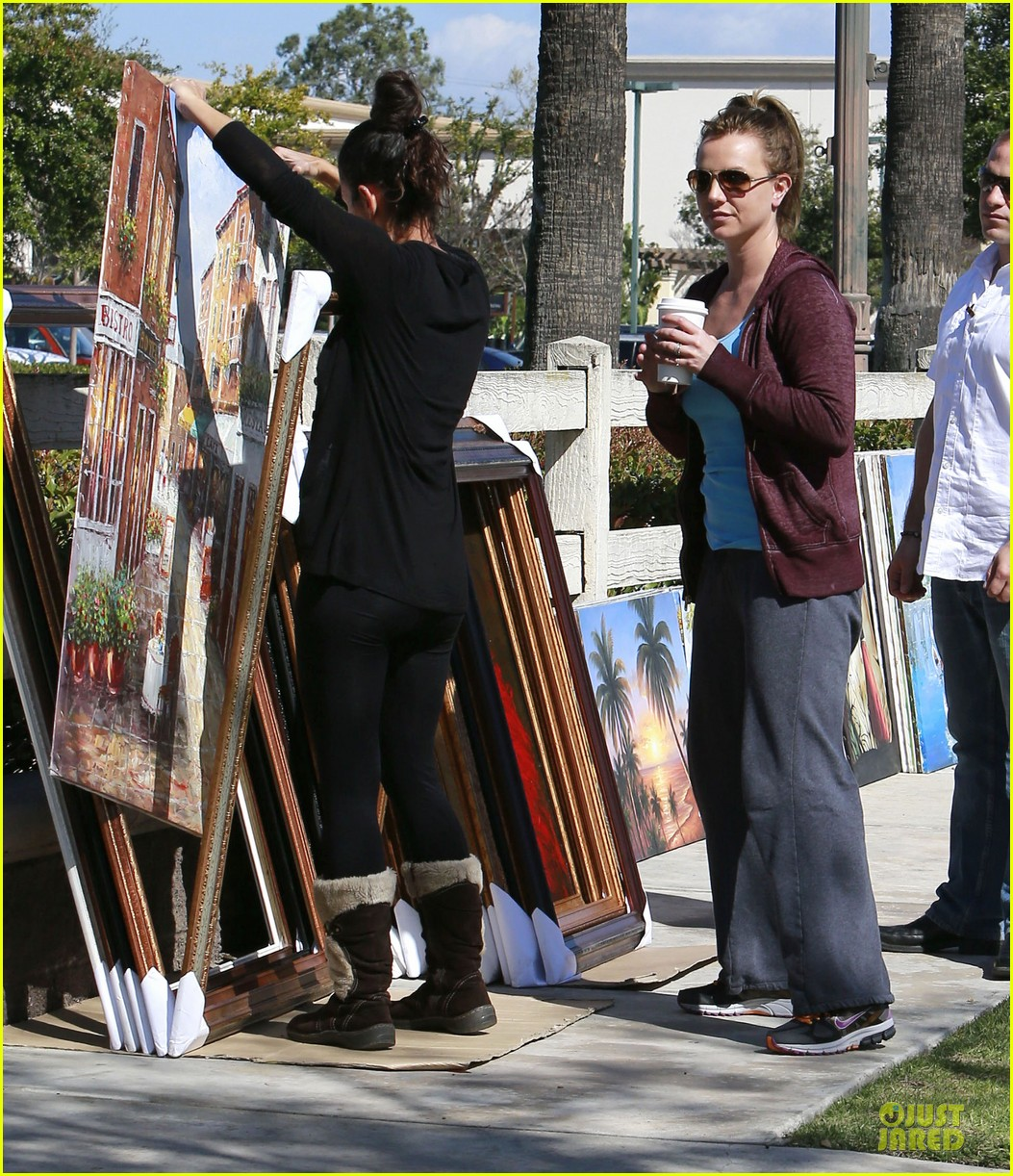 britney spears painting shopping gal 182827964