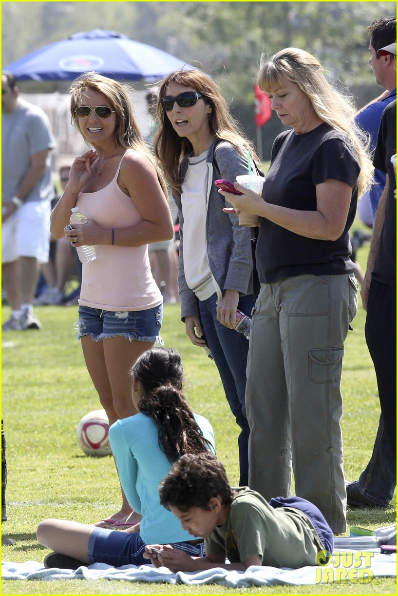 britney spears proud soccer mom 102832399
