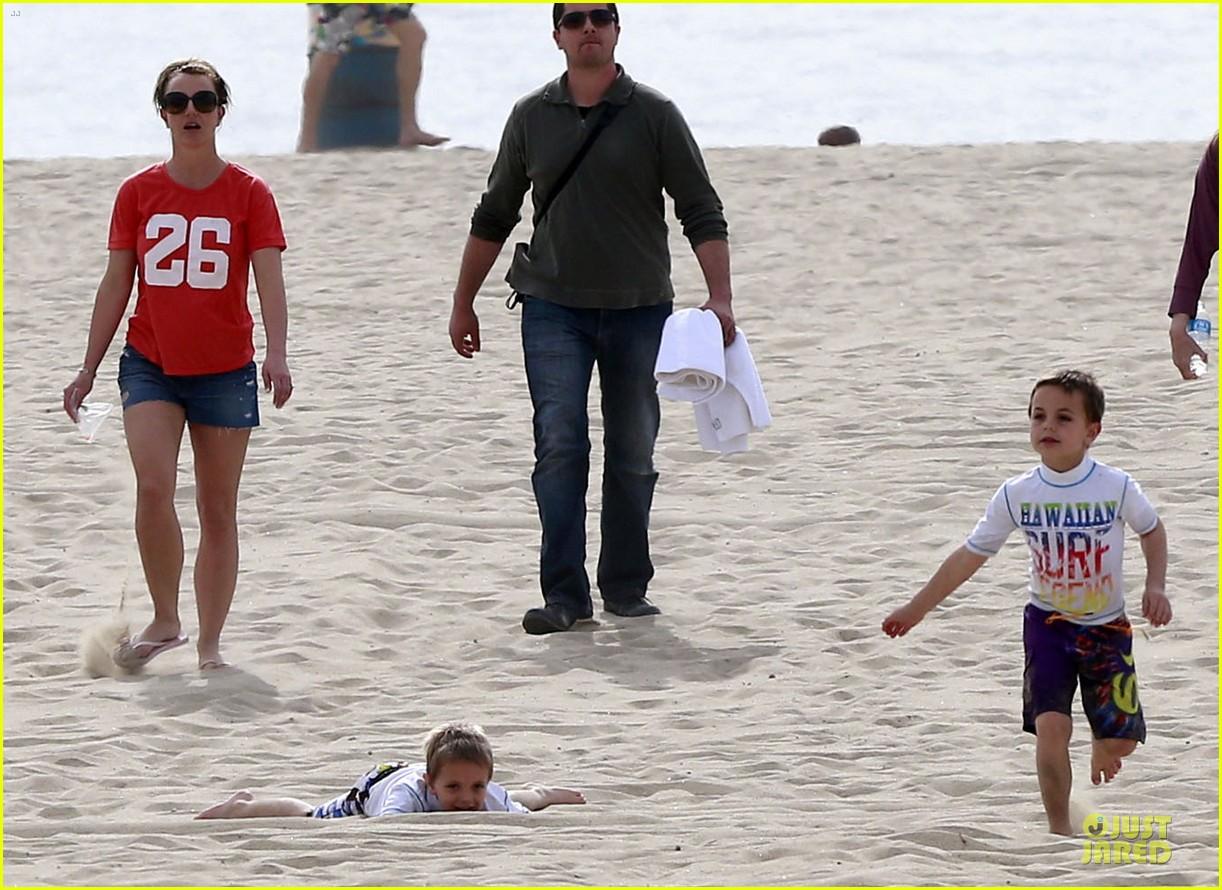 britney spears santa barbara beach day with the boys 132823893