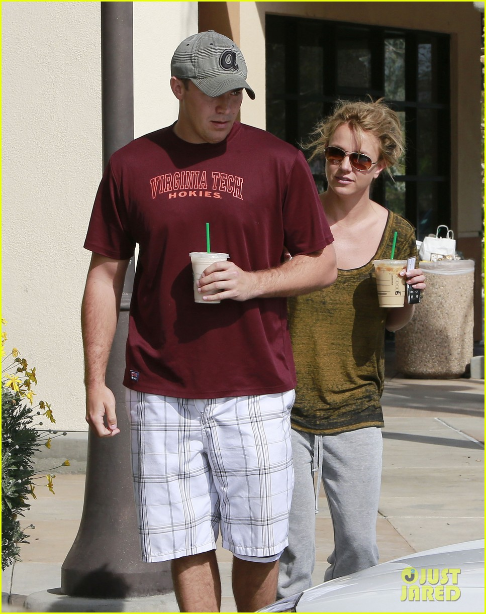 britney spears david lucado starbucks stop 082833533