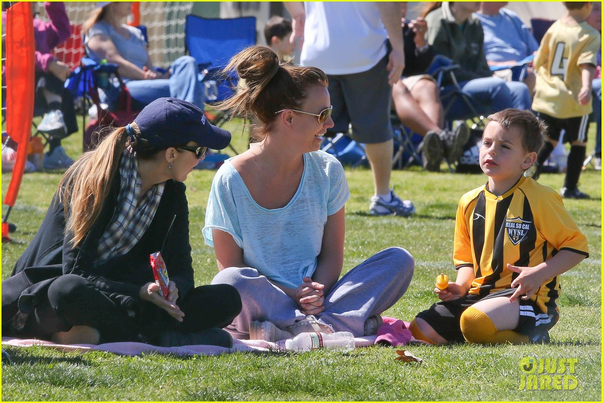 britney spears sunday soccer mom 14