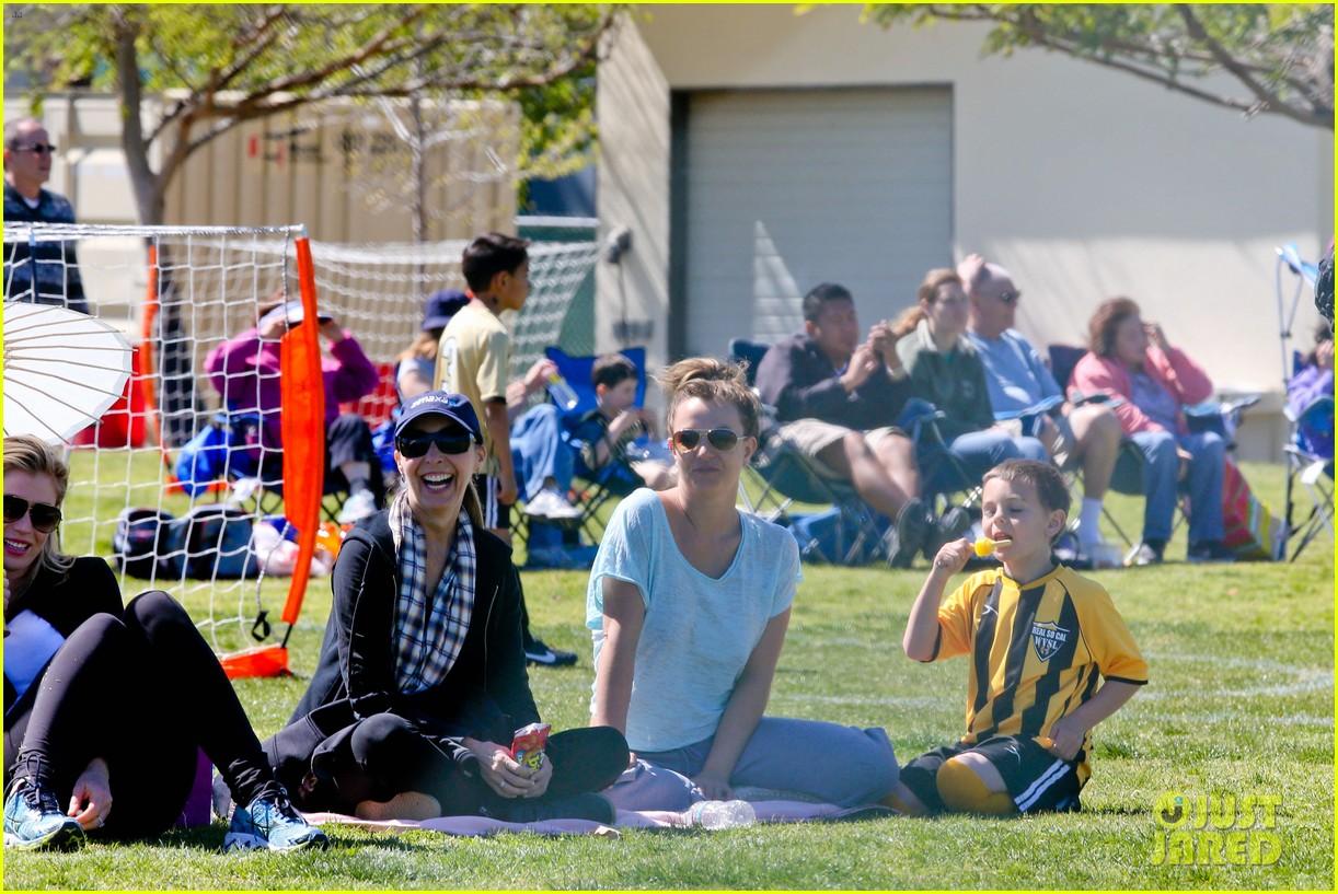 britney spears sunday soccer mom 19