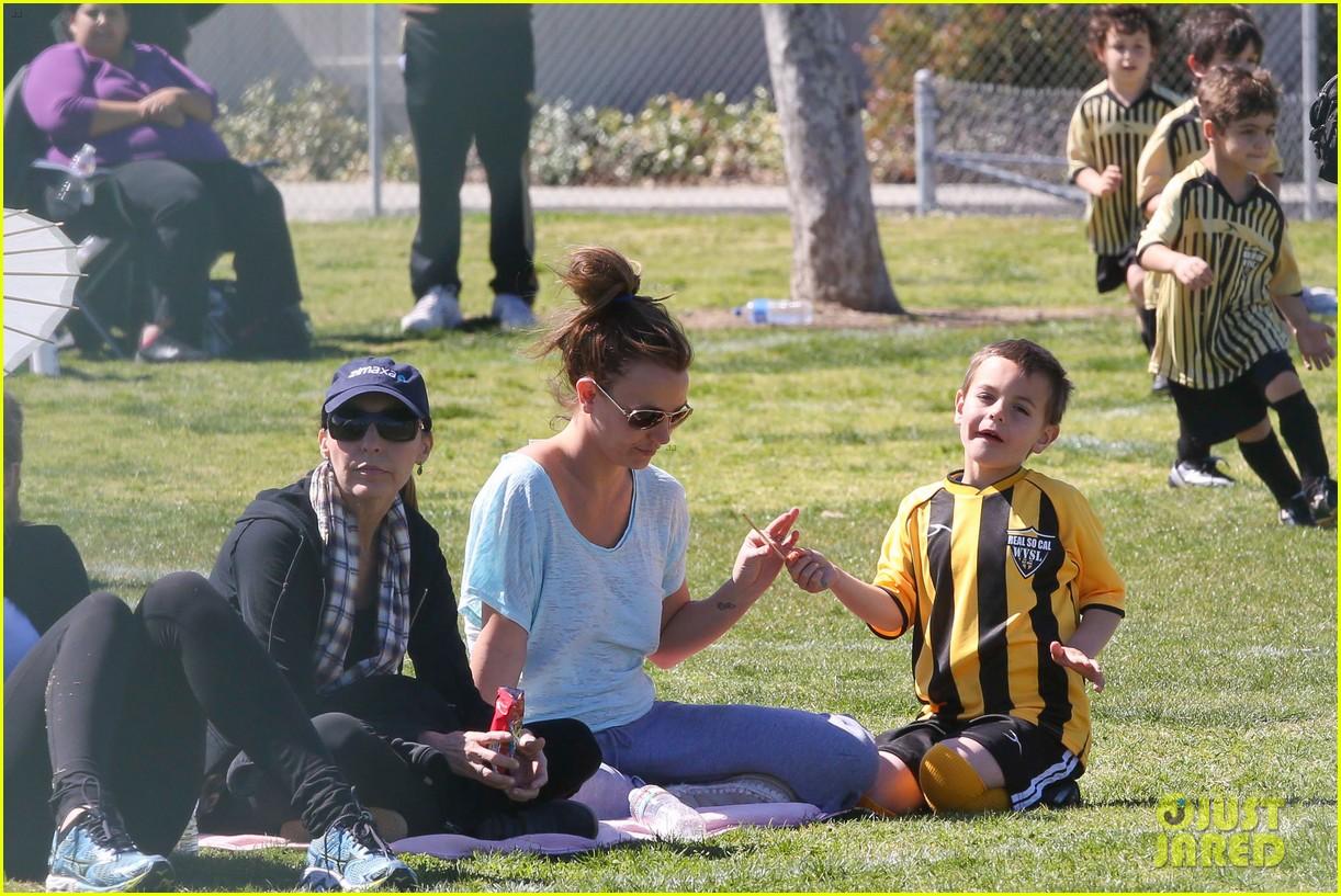britney spears sunday soccer mom 262828493