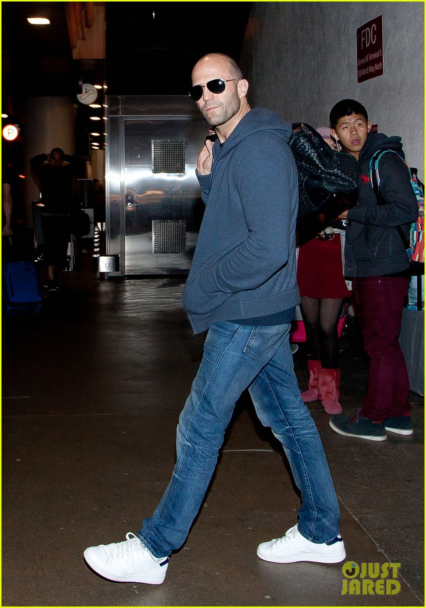 rosie huntington whiteley works out jason statham arrives at lax 032833350