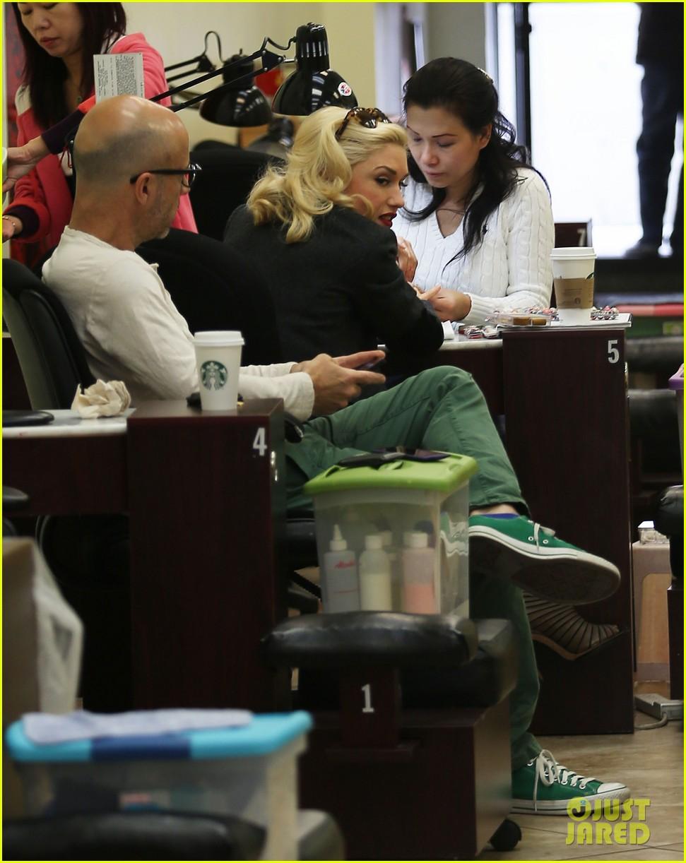 gwen stefani nail salon stop 082826680