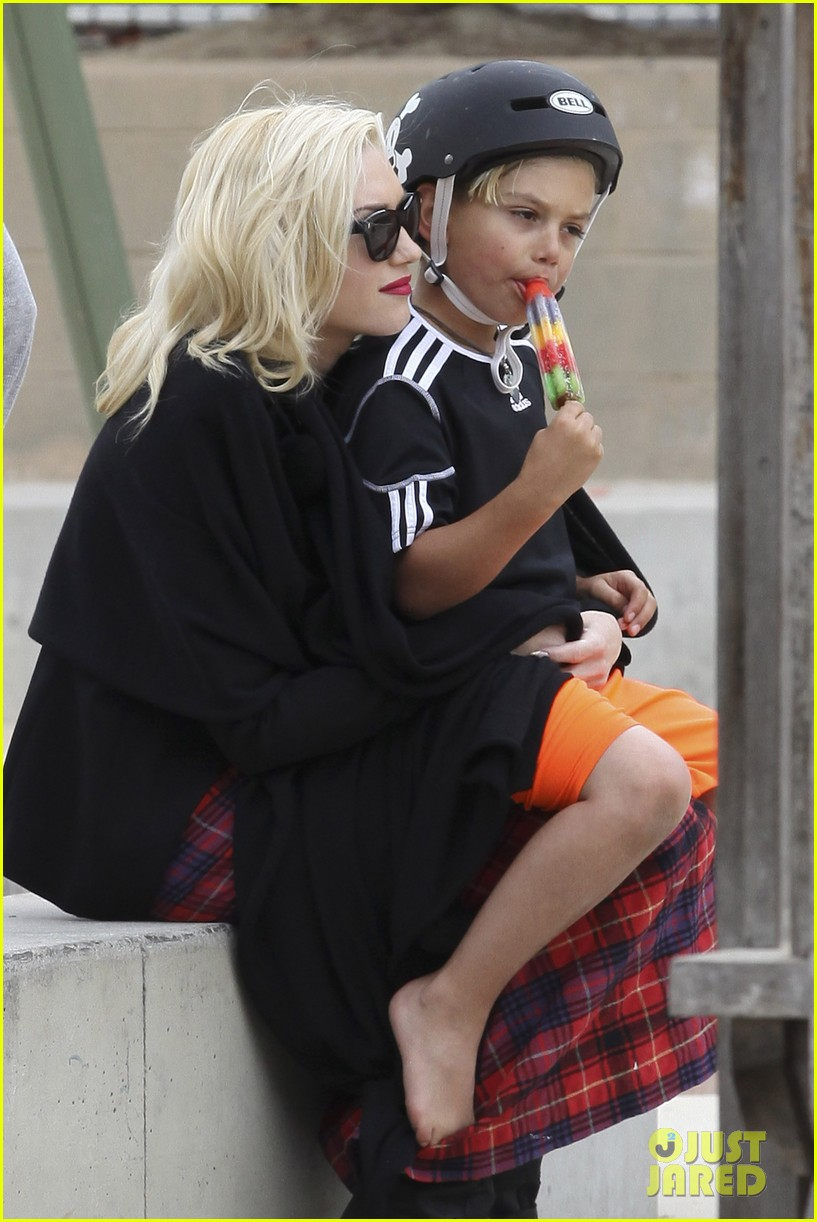 gwen stefani gavin rossdale park day with the boys 022840905