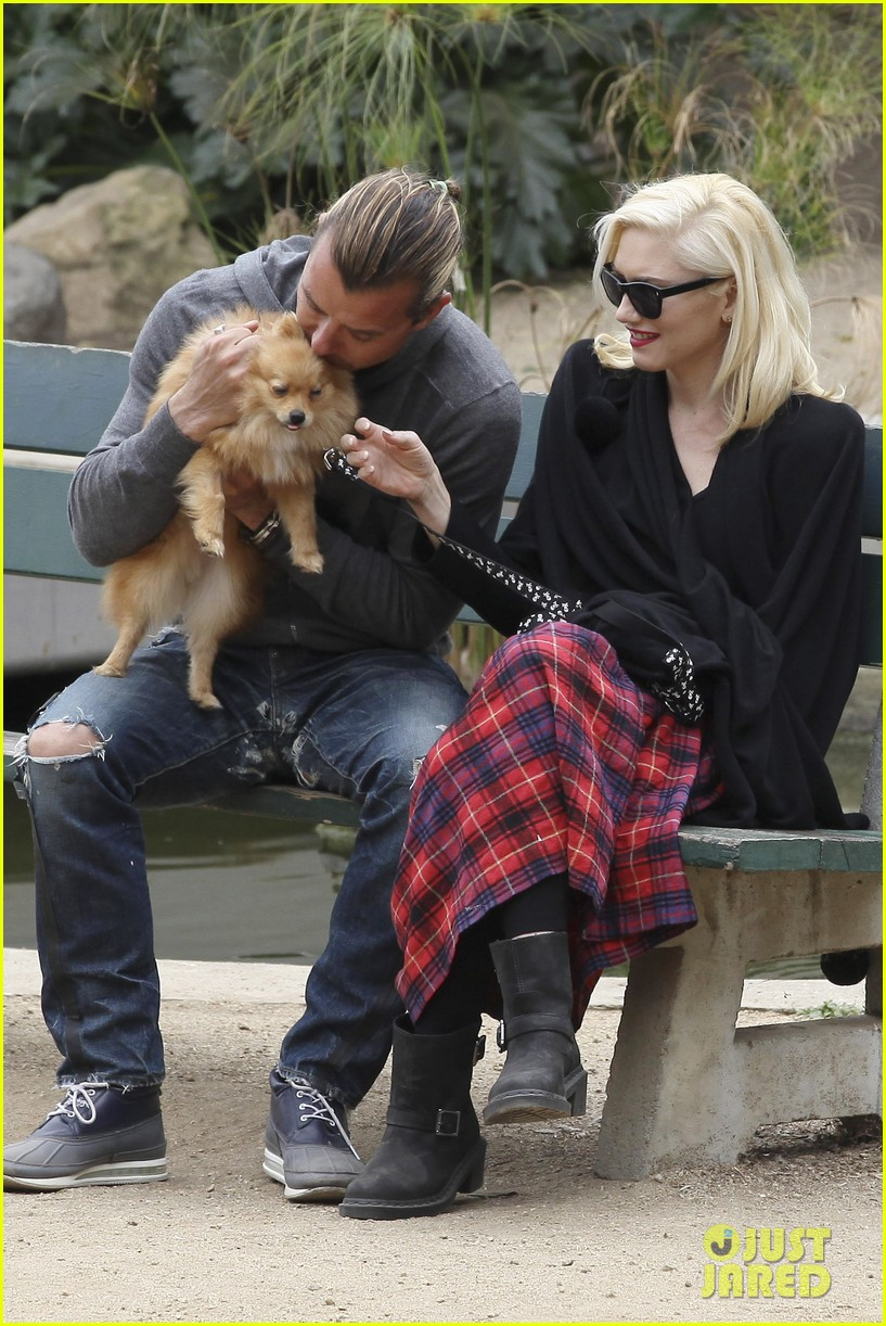 gwen stefani gavin rossdale park day with the boys 112840914