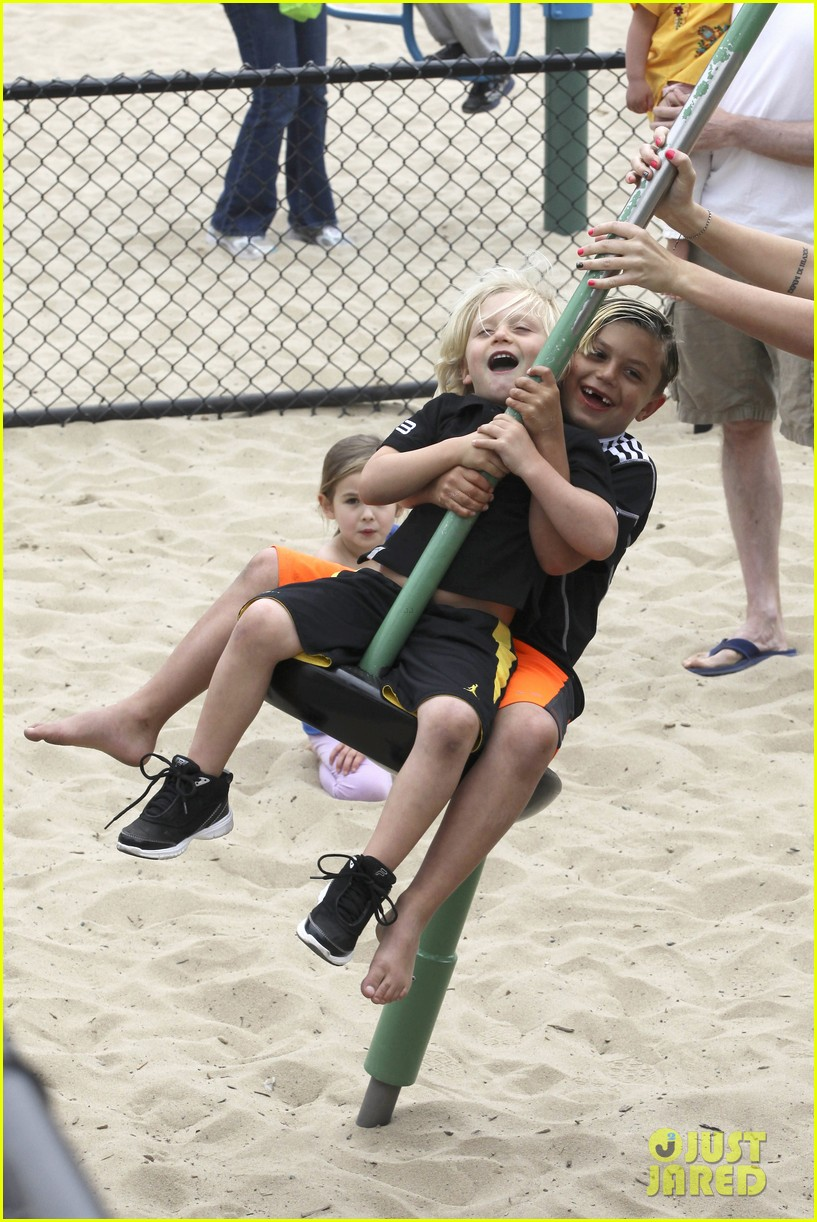 gwen stefani gavin rossdale park day with the boys 222840925