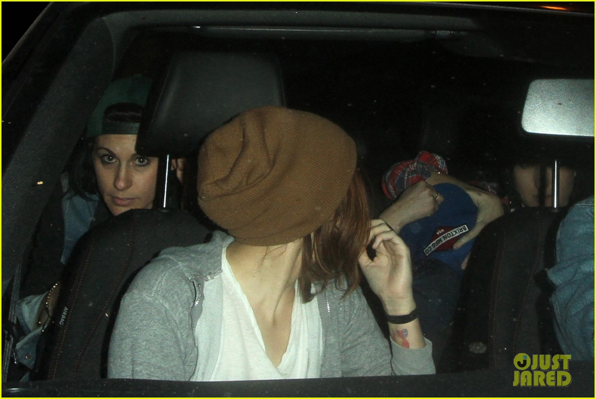 kristen stewart hotel cafe with tamra natisin 042824793