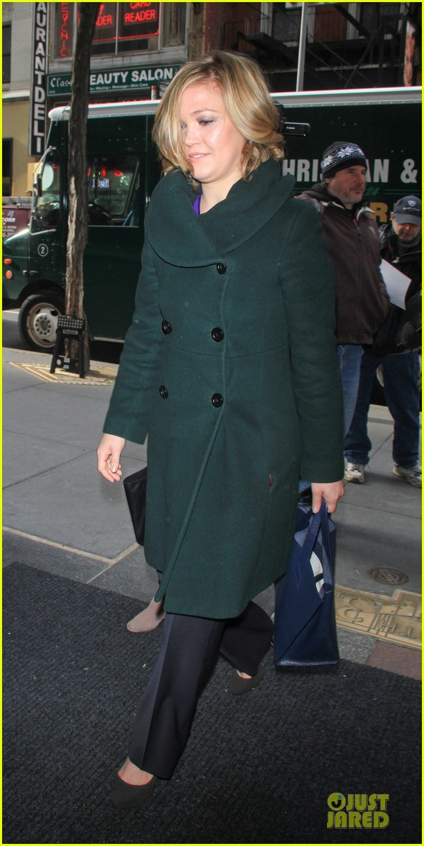 julia stiles vera farmiga today show promoting duo 032833014