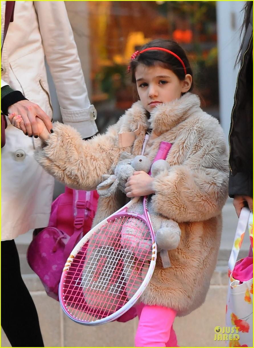 katie holmes suri tennis playing duo 022824973
