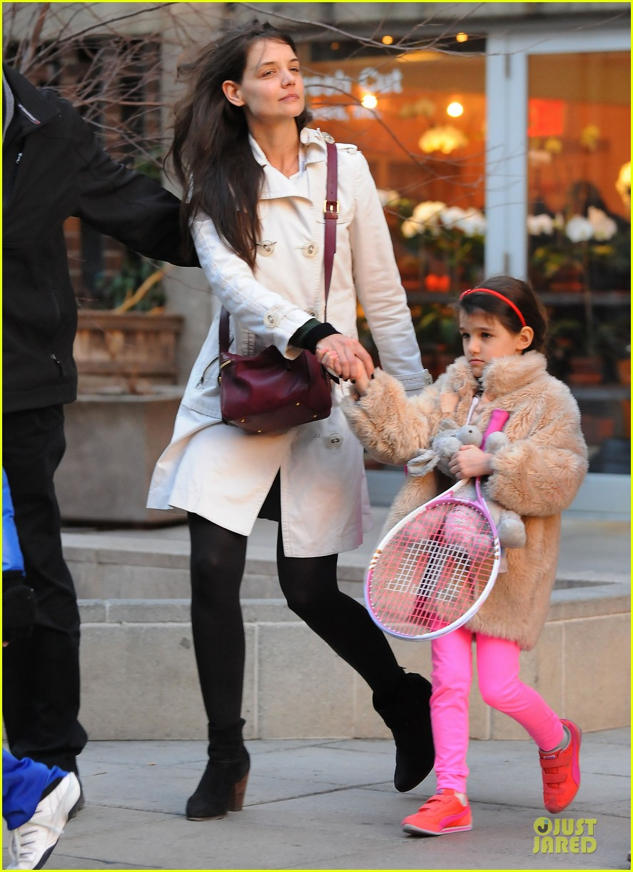 katie holmes suri tennis playing duo 08