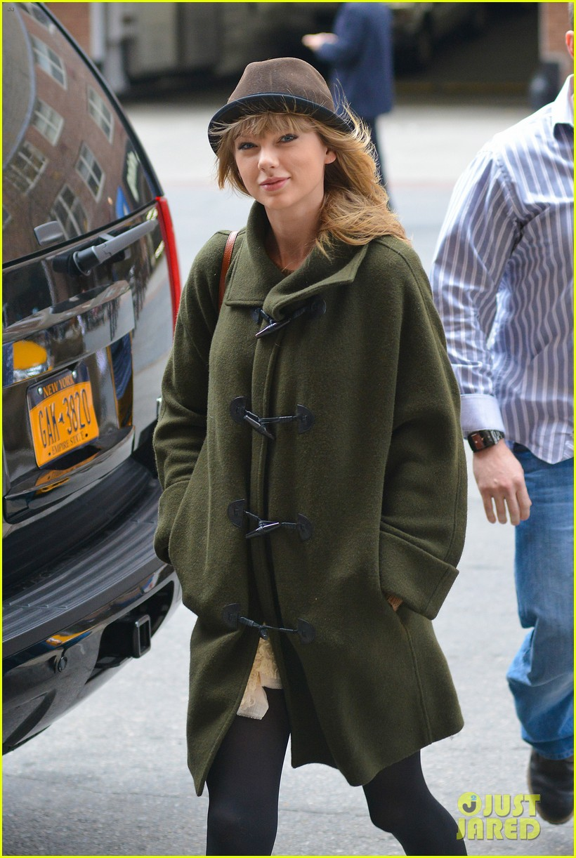 taylor swift nyc arrival for red tour 012838517