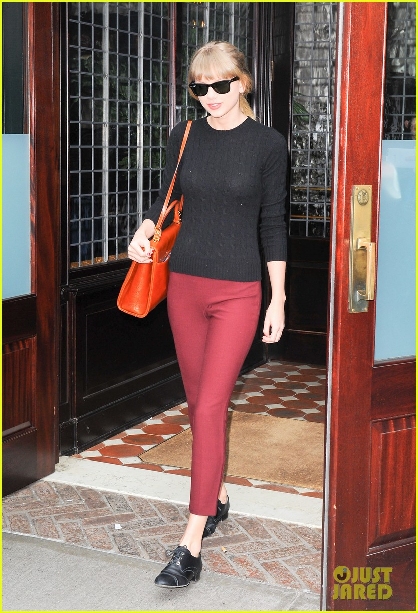 taylor swift paints the town red in new york city 062838716